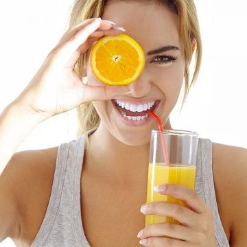 blog_berries-citurs-orange-juice for healthy vision_march 2017